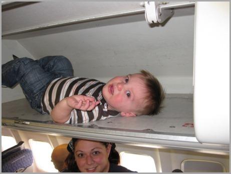 baby-in-overhead-bin