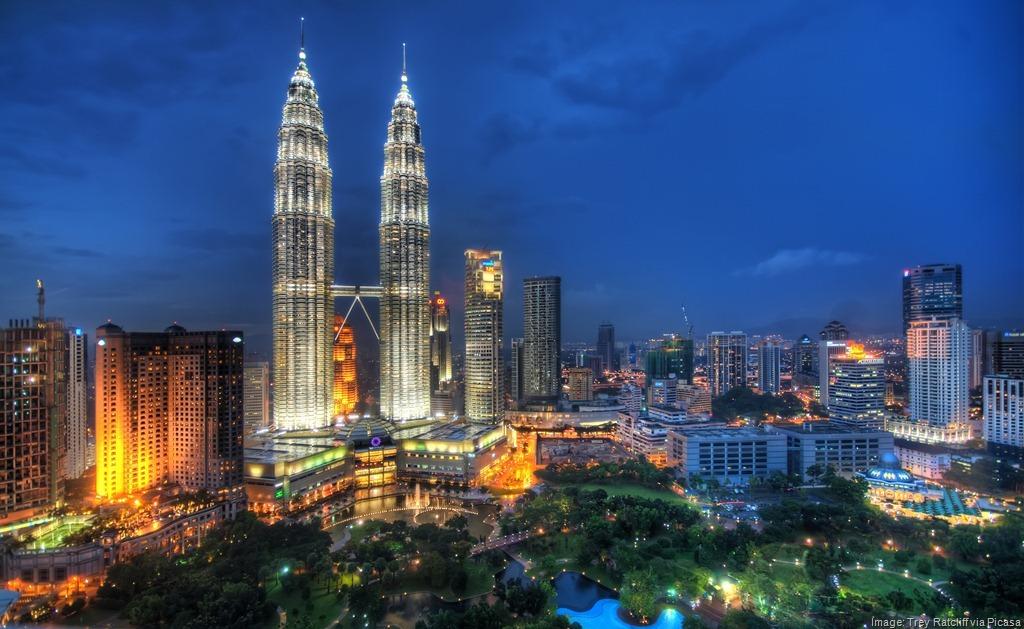Kuala Berang Malaysia  City pictures : Petronas Twin Towers Kuala Lumpur Malaysia