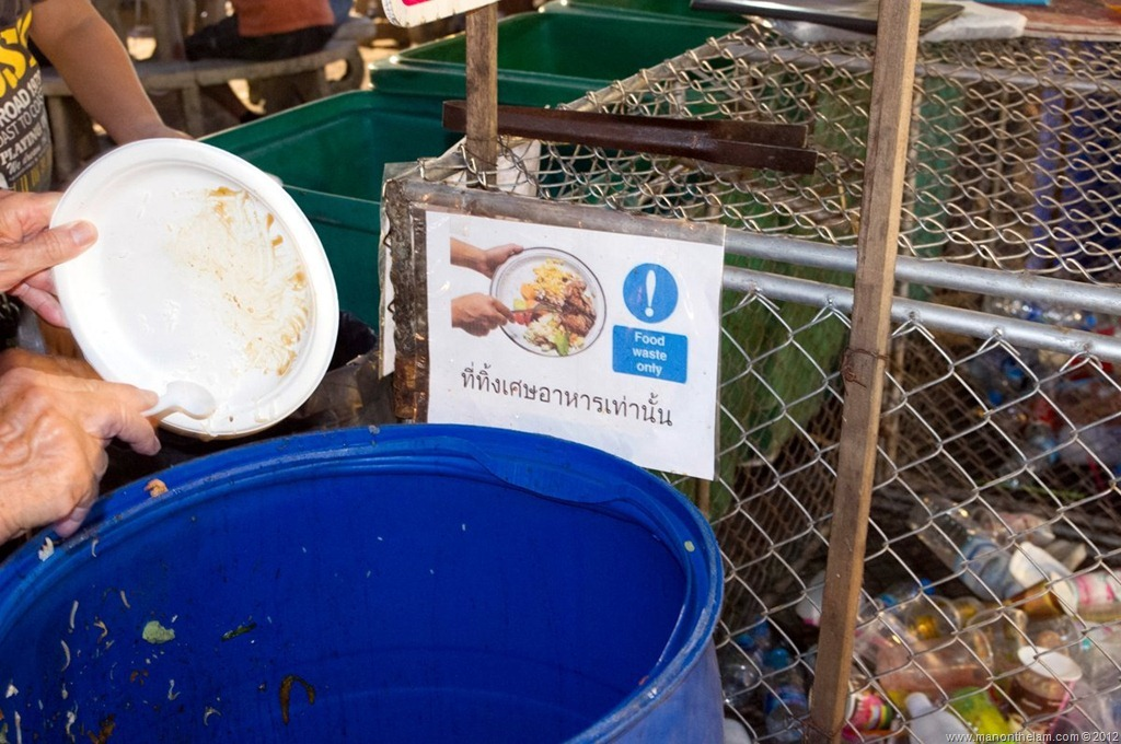 Recycling-food-waste-Chiang-Mai-Sunday-Night-Market-Thailand