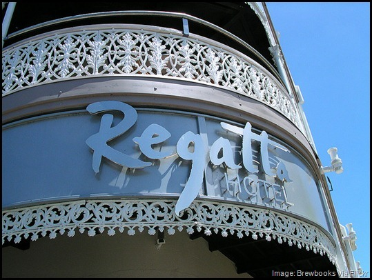 Regatta Hotel sign, Brisbane Australia, quirky, unusual, odd, bizaare things to do in Brisbane -- loo with a view