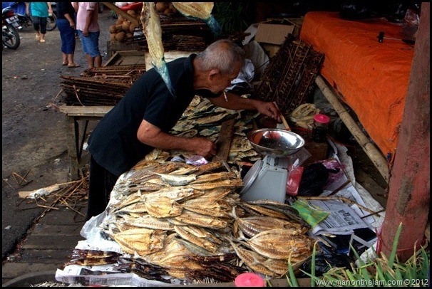 Tomohon Traditional Market, Tomohon, North Sulawesi, Indonesia 10