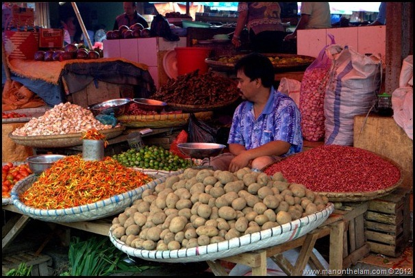Tomohon Traditional Market, Tomohon, North Sulawesi, Indonesia 9