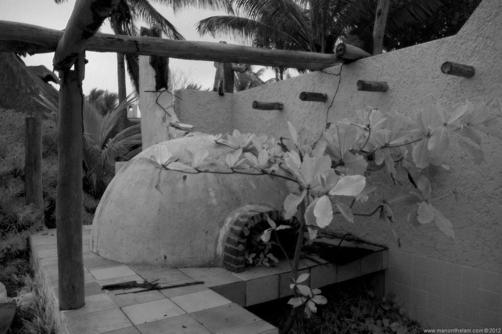 Abandoned-Beach-Resort-Club-Tulum-Xpulha-Riviera-Maya-Mexico-171.jpg