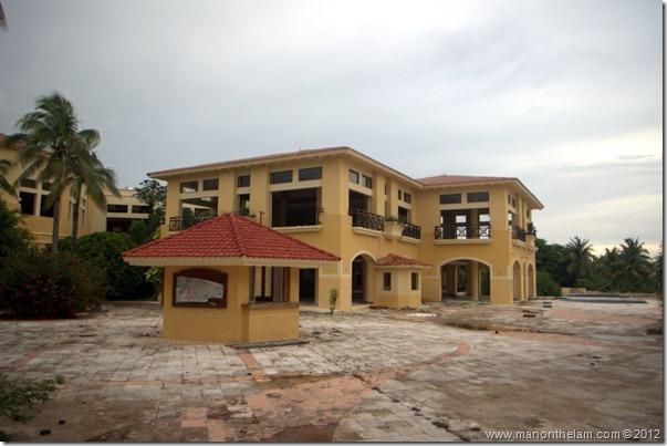 deserted hotel -- Abandoned Beach Resort, Club Maeva Tulum, Xpuha, Riviera Maya, Mexico 218