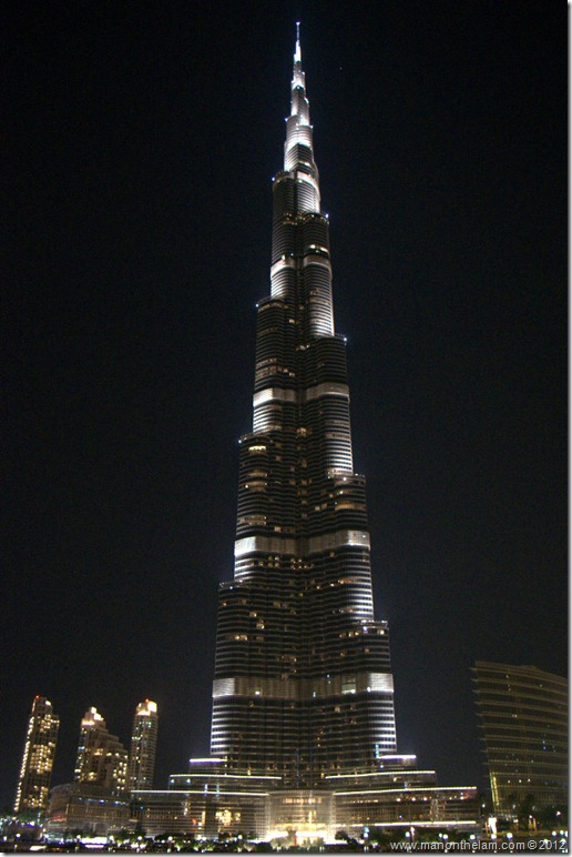 World's tallest building at night, Burj Khalifa, Dubai, United Arab Emirates